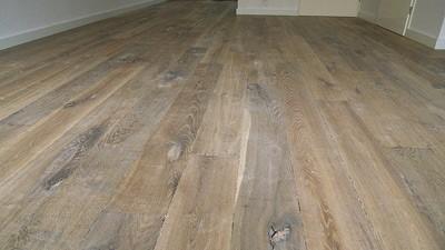 Massieve hotuen vloer gerookt en geolied Bibury